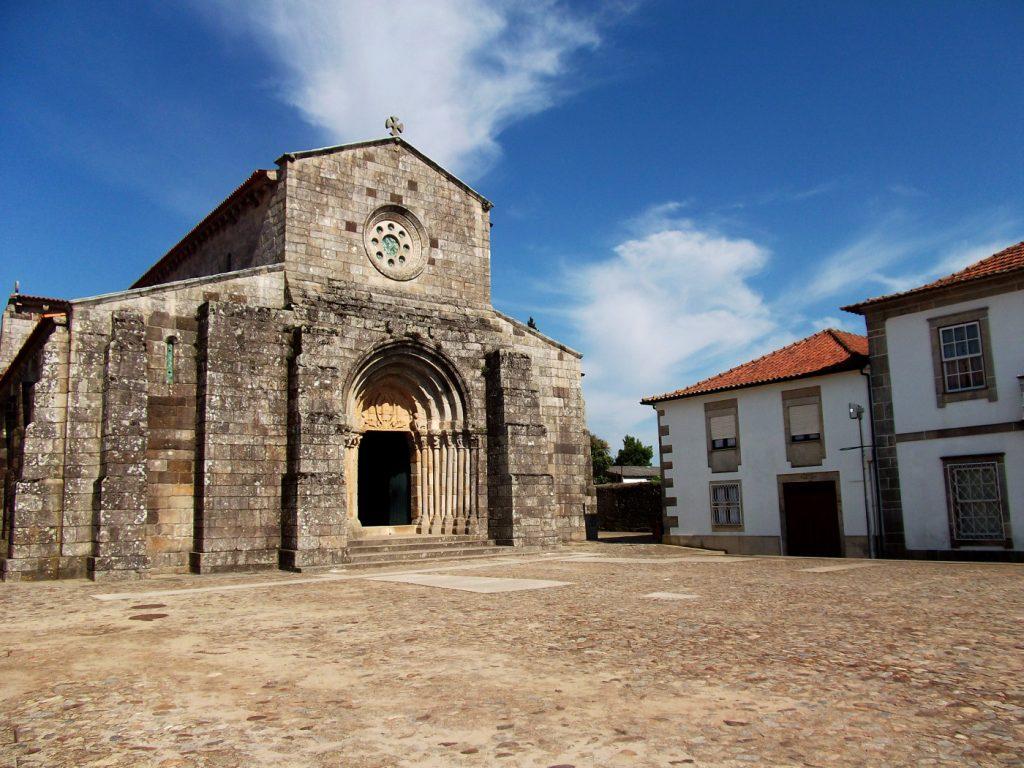 Albergue de São Pedro de Rates no Caminho de Santiago português central