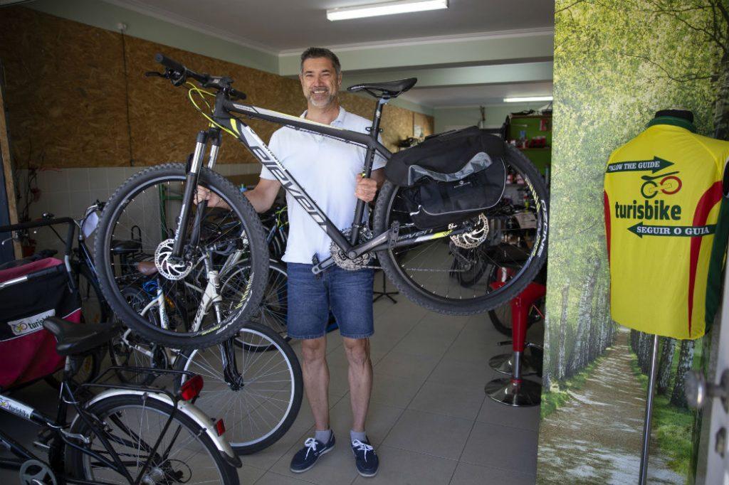 Alquiler y entrega de bicicletas en el puerto para el Camino de Santiago en cualquier etapa del trayecto.