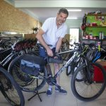 Fahrräder in Póvoa als Abenteuer für Santiago