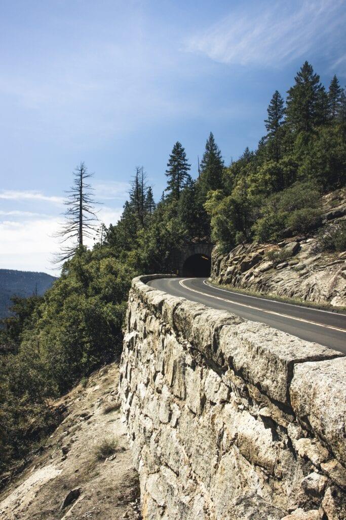 A Estrada Nacional 108 (N 108), também conhecida como Estrada Marginal do Douro uma estrada nacional que integra a rede nacional de estradas